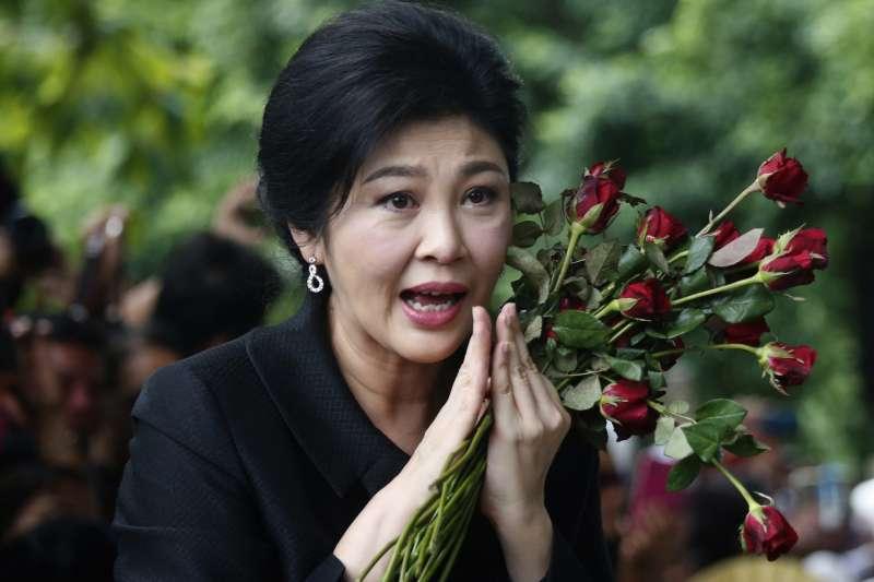 泰國最高法院27日宣判泰國前總理穎拉「稻米補貼瀆職案」,穎拉被判5年有期徒刑,但她依舊未出庭(AP)