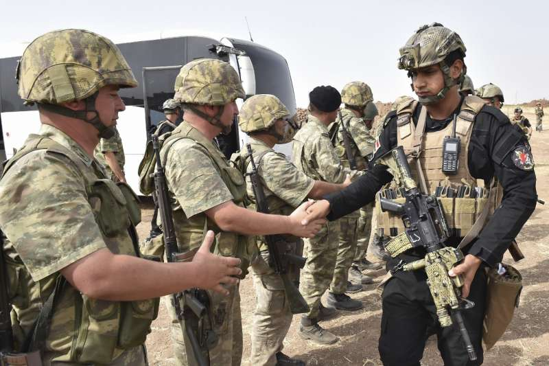 土耳其與伊拉克聯合軍演,意圖嚇阻伊拉克庫德族獨立公投。(美聯社)