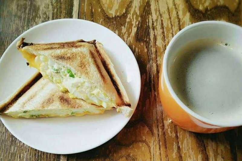 一日之計在於晨,美味的早餐為全新的一天注滿力量。(圖/menu美食誌提供)