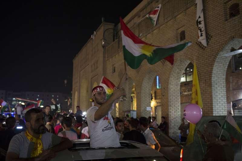 列強環伺也擋不了的獨立夢!9成1支持,庫德族獨立公投過關。(美聯社)