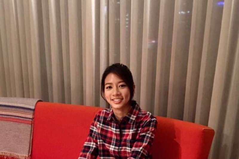第52屆金鐘獎今(30)日在國父紀念館登場,陳妤以《戀愛沙塵暴》獲得戲劇節目新進演員獎。(取自陳妤臉書)