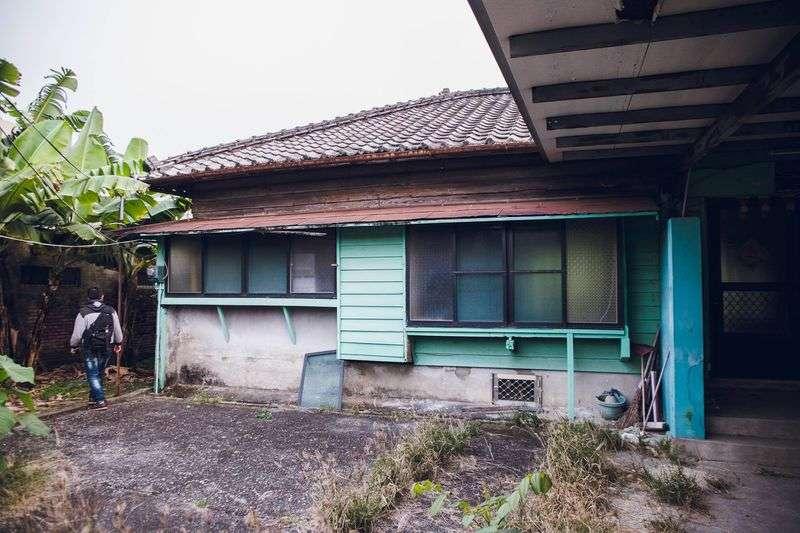 旗山日治時期宿舍拆除前樣貌。( Photo By連偉志/王繼強提供)
