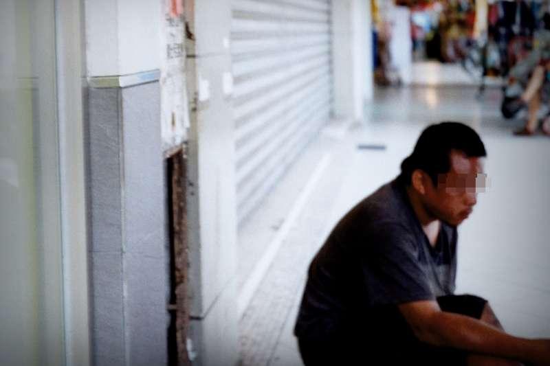 街友真的都好吃懶做嗎?事實上背後有太多辛酸,外人難以想像……。(示意圖/We Make Noise!@Flickr)