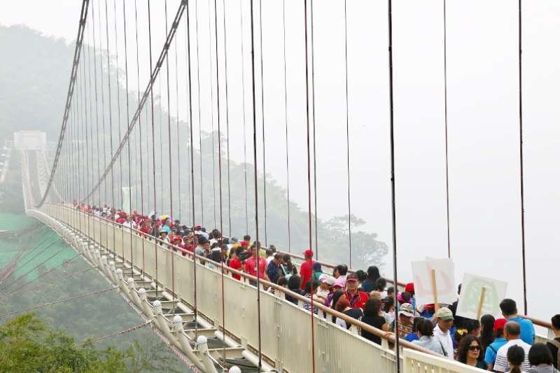 一座又一座「天空之橋」落成,對台灣到底是福是禍?(圖/賴永祥攝,遠見雜誌提供)