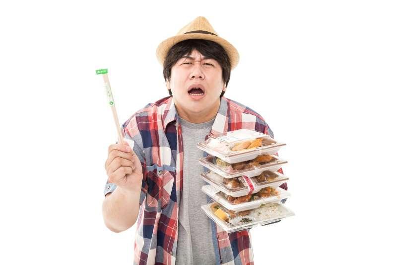 老是聽說微波食品多吃不好、包裝有毒,到底超商的微波食品安不安全呢?來聽聽專家的意見!(圖/pakutaso)