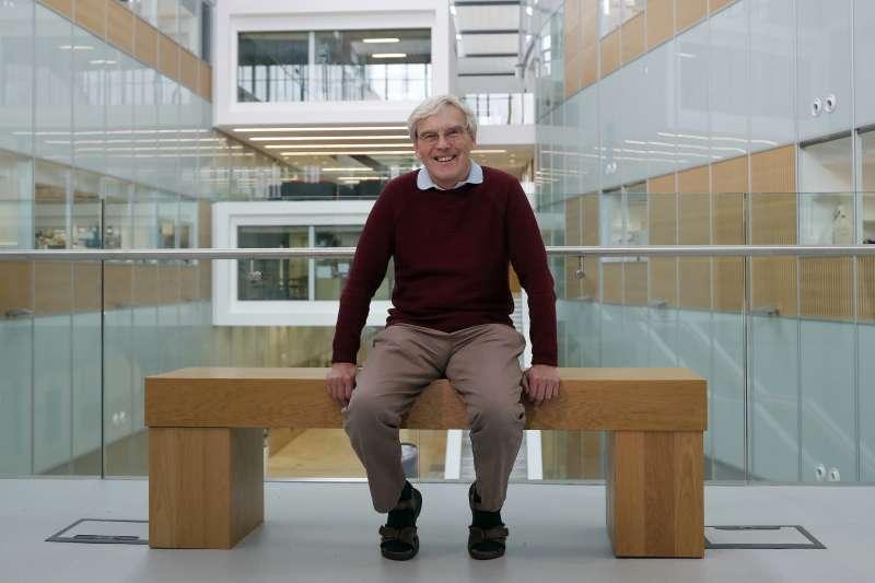 2017年諾貝爾化學獎得主,英國學者亨德森(Richard Henderson)。(美聯社)