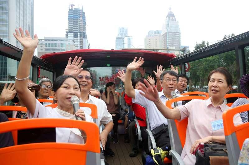 台北市雙層觀光巴士搭乘人次不如預期,民進黨籍市議員陳慈慧痛批,觀傳局的反應與改進能力明顯不及格。(資料照,台北市政府提供)