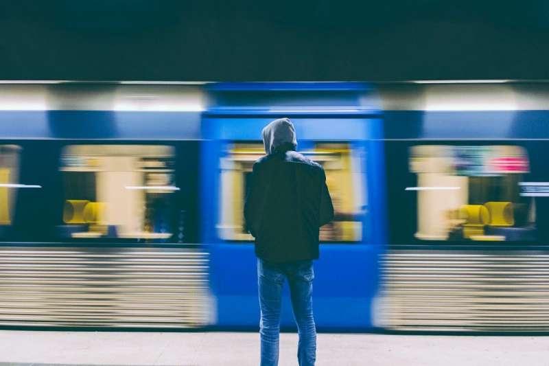 年僅15歲瑞典攝影師David Thomsson的作品大受網友好評,在網路上引起關注風潮。(圖/David Thomsson)