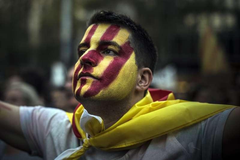 西班牙東北部加泰隆尼亞自治區獨立公投之後,與馬德里中央政府劍拔弩張(AP)
