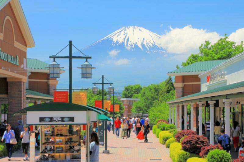 喜歡逛Outlet搶便宜的,絕對不能錯過這座富士山下的御殿場!(圖/DiGJAPAN!)