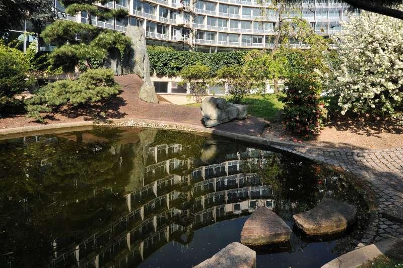 UNESCO巴黎總部的和平花園(Michel Ravassard@Wikipedia / CC BY-SA 3.0)
