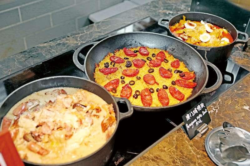 去年澳門JW萬豪酒店邀請「澳門土生菜」名廚 Antonieta Fernandes Manhao,在自助餐中加碼推出多道經典土生菜。(圖/力報)