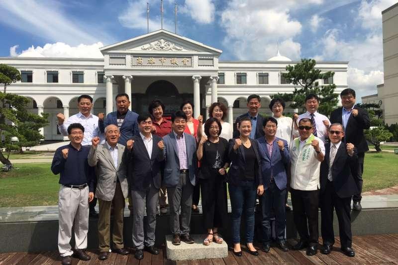 韓國水原市議會參訪高市議會。(圖/高雄市議會提供)