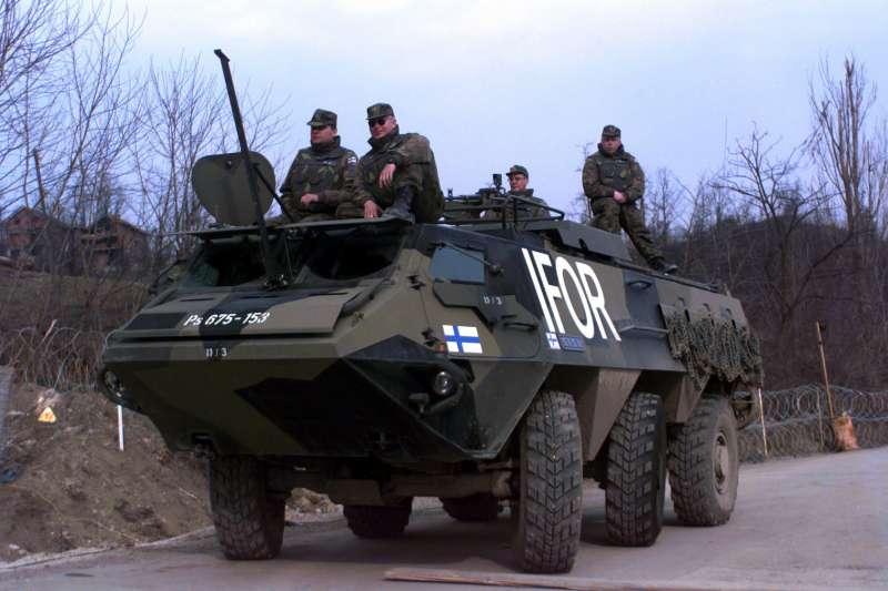 芬蘭國防軍參與北約在巴爾幹半島的維和任務(Wikipedia / Public Domain)