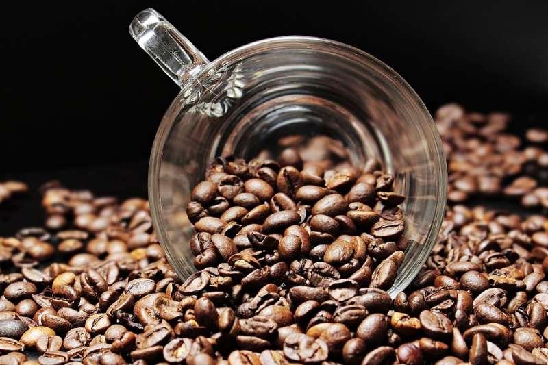 藝伎咖啡豆是全世界最貴的知名傳奇品種,今年甫在巴拿馬拍賣會上創了天價紀錄。(圖/pixabay)