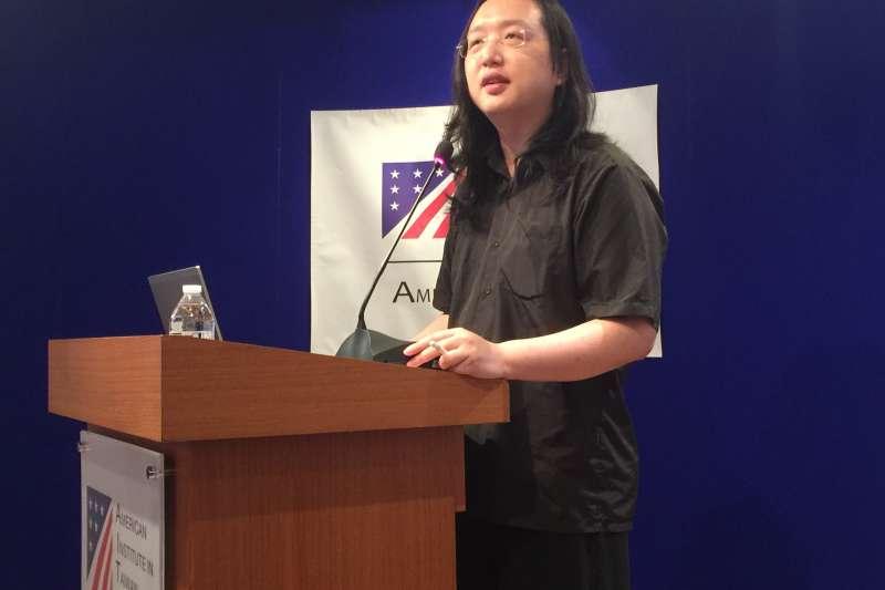 美國在台協會(AIT)舉辦防治假新聞視訊會議,數位政委唐鳳致詞(簡恒宇攝)