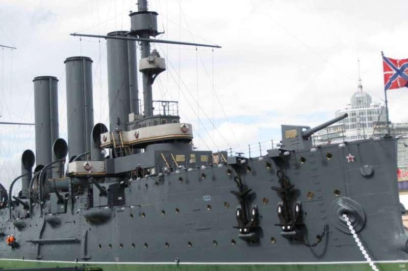 十月革命象徵,目前停在聖彼得堡涅瓦河上的阿芙樂爾巡洋艦。(美國之音)