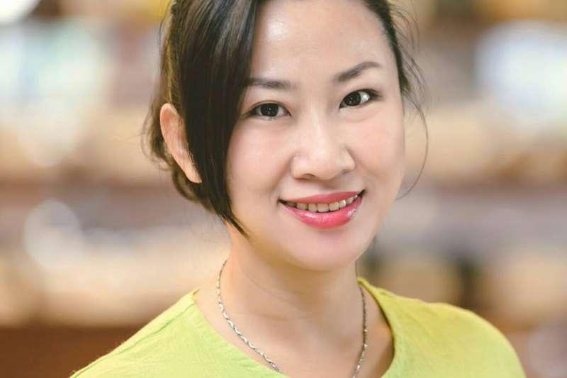 丁采綸說,她這一輩子還從來沒這麼辛苦過,但只要方向是對的,堅信下去就會有成果。(圖/丁丁@facebook)