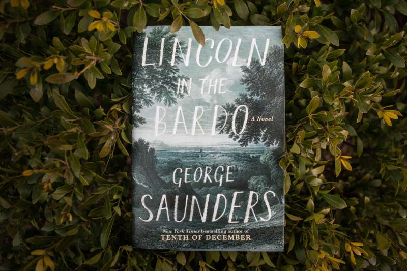 2017年「曼布克獎」得主,美國小說家桑德斯(George Saunders)的《林肯的中陰身》(Lincoln in the Bardo,暫譯)
