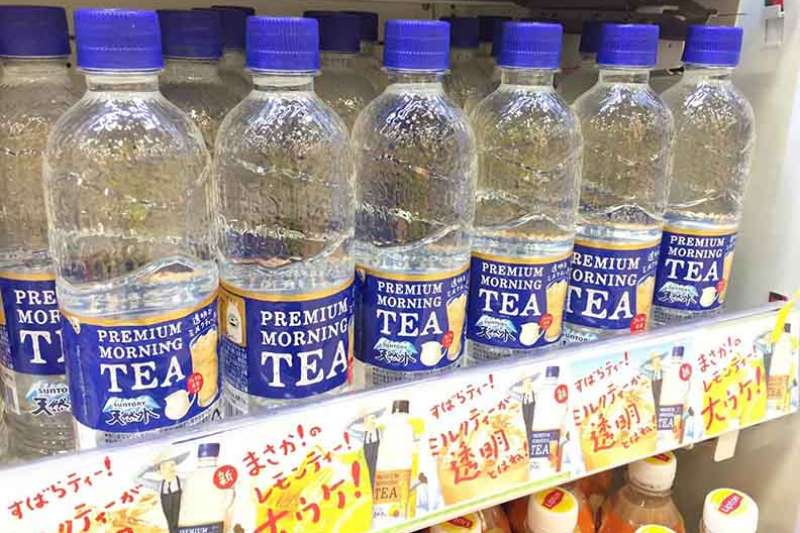 一瓶透明奶茶,引發日本人瘋狂搶購。(圖/謝明彧攝,遠見雜誌提供)