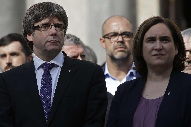 西班牙東北部加泰隆尼亞自治區追求獨立,引發數十年來最嚴重的政治風暴,兩位關鍵人特:加泰隆尼亞自治區主席普吉德蒙(左)與巴塞隆納市長柯拉奧(AP)