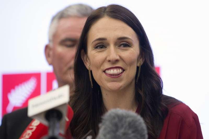 紐西蘭總理雅頓宣布國會議員的薪水將凍漲至明年6月(AP)