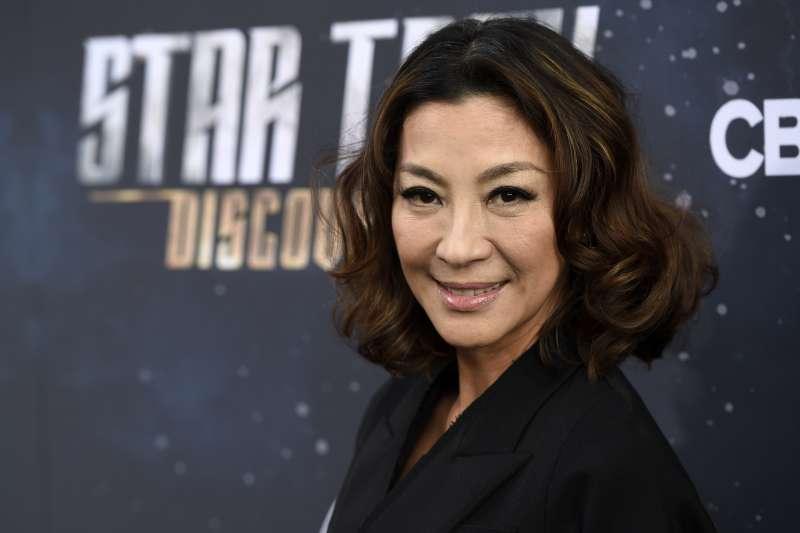 楊紫瓊說,亞洲人被埋沒太久,長期只能演刻板印象角色。她很幸運,能選自己想要的角色,但很多別的演員為了謀生沒有太多選擇。(AP)