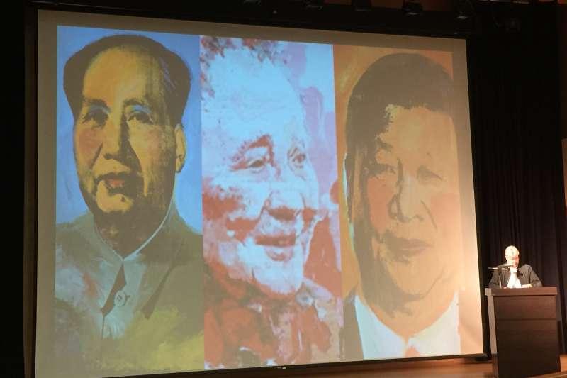 香港大學榮譽教授卜約翰稱,現任中共總書記習近平的地位可能與毛澤東和鄧小平看齊(簡恒宇攝)