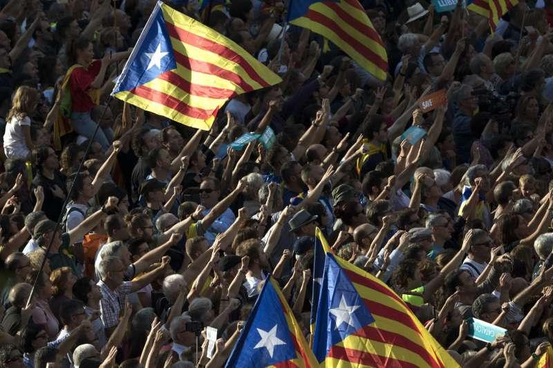 「以亞洲的標準來看,歐盟體制中的加泰隆尼亞,已經是令人艷羨的完全自治。」(美聯社)