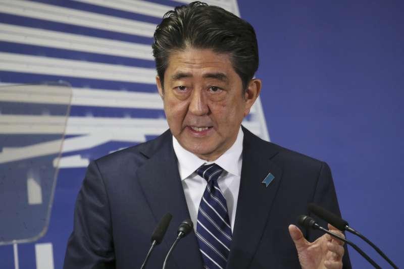 日本首相安倍晉三20日透過推特,以中文感謝總統蔡英文對大阪震災的慰問。(資料照,美聯社)