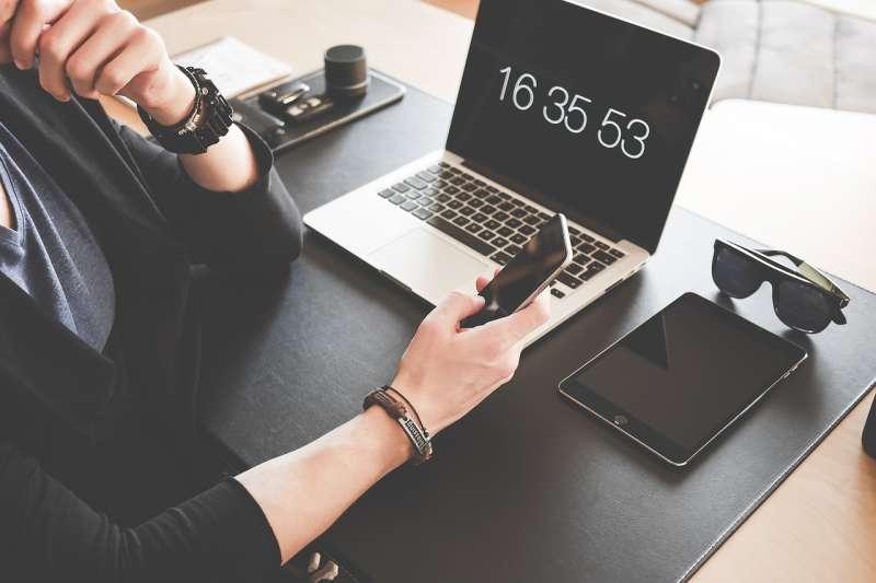 iPhone的部分創新設計,挑戰了市場接受度。(圖/Pixabay)