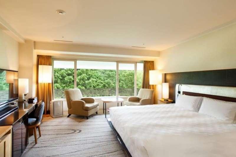作者認為,服務的差異性使得飯店沒有被Airbnb取代。(圖/HotelsCombined提供)