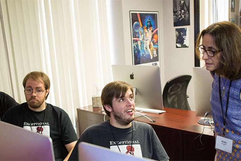 「特殊頭腦」數位藝術學校致力幫助自閉症患者自力更生、融入社會。(圖/exceptionalmindsstudio.org/index.html)