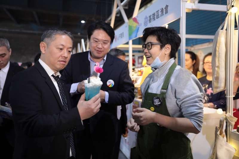 微風集團董事長廖鎮漢(左),對基隆的願景充滿期待。(圖/基隆市政府提供)
