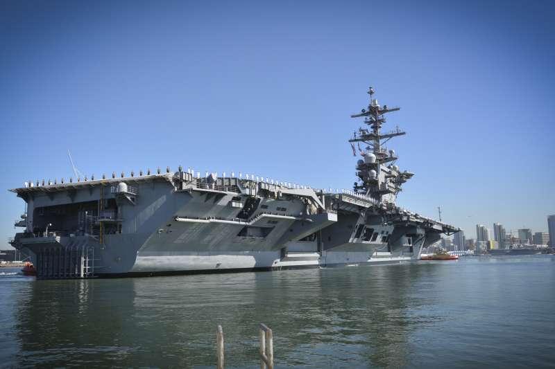 美國海軍航空母艦老羅斯福號(USS Theodore Roosevelt)(美國海軍)
