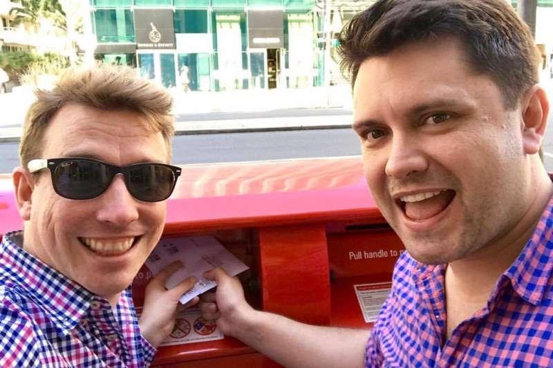 澳洲針對同性婚姻應否合法化,舉行全民通訊投票,同運人士極力為「Yes」陣營催票(Twitter)