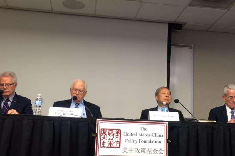 星期四(10月26日)在「美中政策基金會」舉行的有關「十九大的結果與分析」的研討會。(美國之音斯洋拍攝)