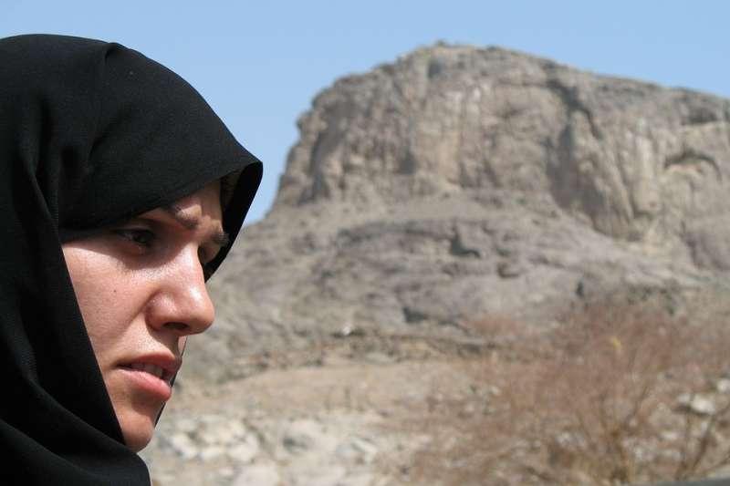 沙國女性申請護照、出國旅遊、結婚、銀行開戶、開業作生意、接受非緊急手術和出獄,都不能自己做主。(圖/ebrahim@pixabay)