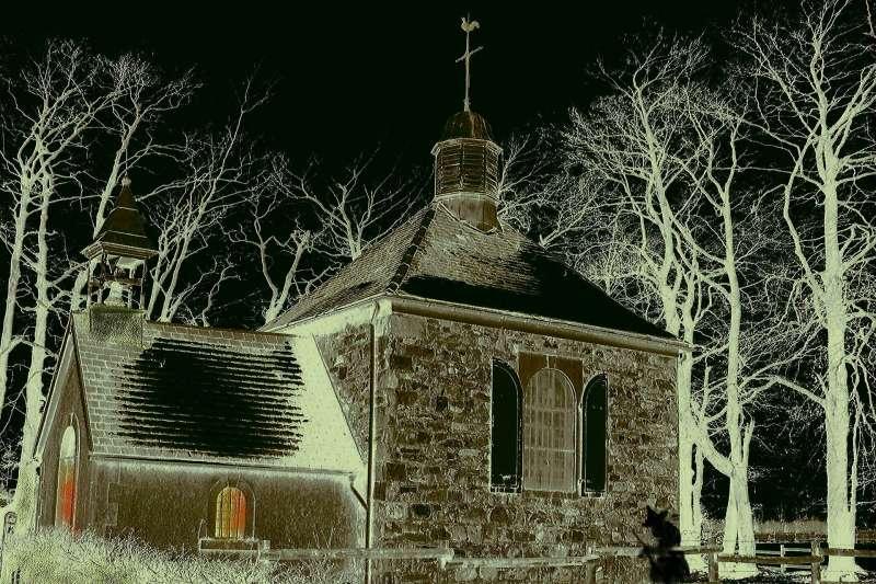 西方在15世紀到18世紀因為恐懼巫術而興起「獵巫」(witch hunting)風潮,數百萬人遭到迫害(取自Pixabay)
