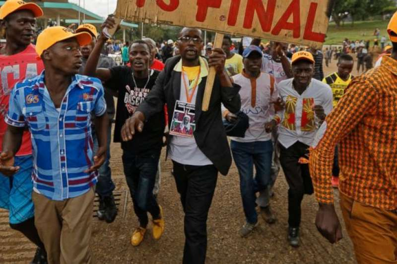 2017年肯亞總統重選,結果出爐,街頭示威遊行。(AP)