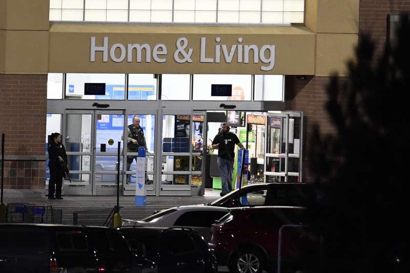 美國科羅拉多州桑頓市1家沃爾瑪超市發生槍擊案,造成3人死亡(AP)
