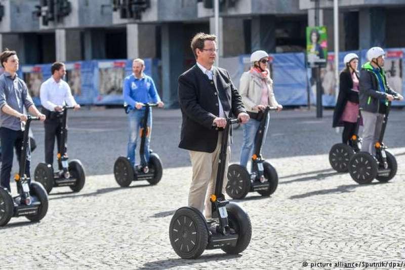 德國職場文化:公司旅遊莫談公事。(德國之聲)