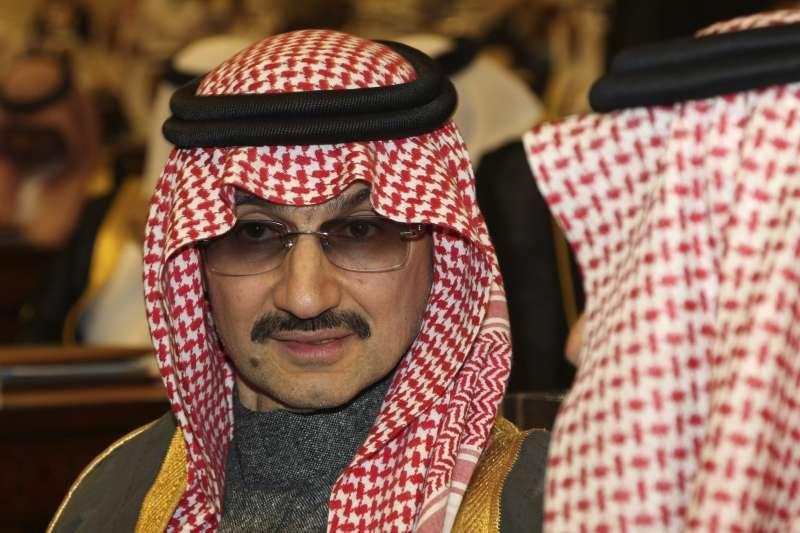 沙烏地阿拉伯4日以貪腐罪名逮捕11位王子,其中包含「中東股神」瓦利德王子(Al Waleed bin Talal)。(AP)