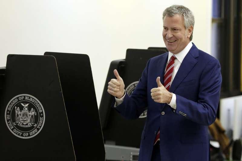 美國紐約市長選舉:現任市長白思豪輕鬆勝選連任(AP)
