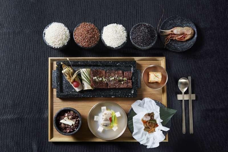 文在寅招待川普的國宴主菜是韓國牛與獨島蝦。(青瓦台)