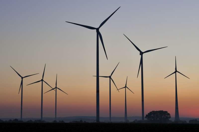 阿爾斯通公司表示他們正在計畫使用風力發電機產生的能源來製造氫氣燃料。(美聯社)