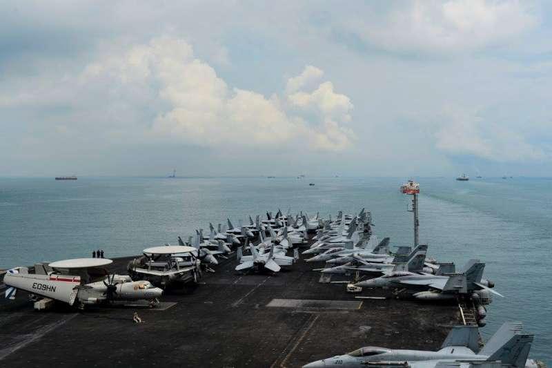美國海軍核動力航空母艦尼米茲號(USS Nimitz)(USS Nimitz FB)