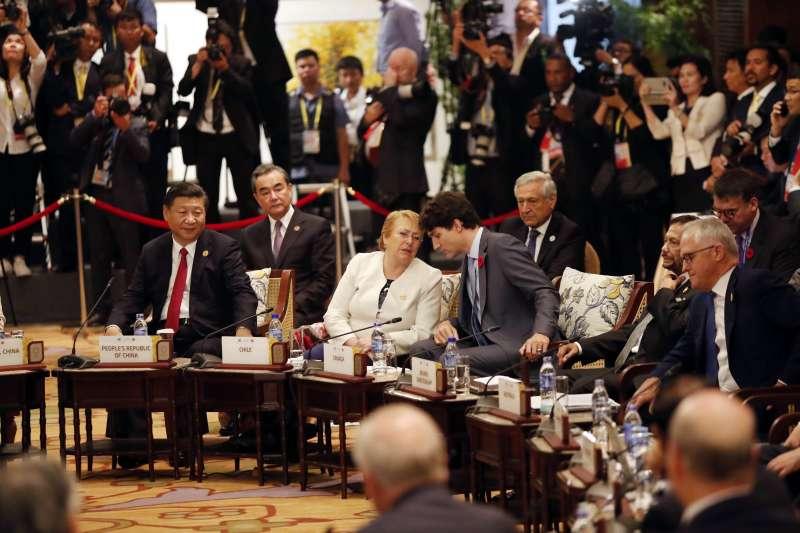 2017越南APEC會議11日舉行重頭戲領袖峰會,21個經濟體領袖齊聚峴港。(美聯社)