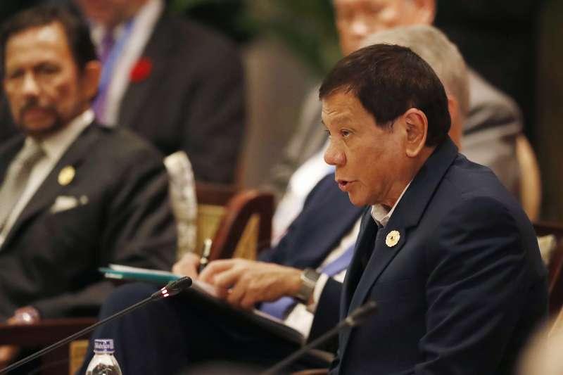 菲律賓總統杜特蒂在越南峴港出席APEC峰會。(美聯社)