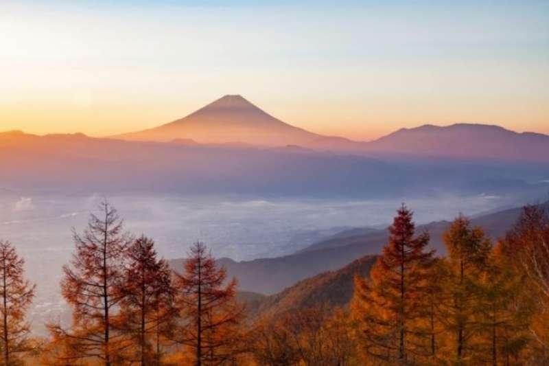 來趟東京近郊山梨縣之旅,將富士山秋景盡收眼底。(圖/ZEKKEI Japen)